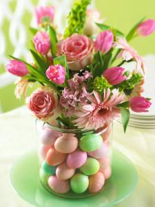 cvetochnye-kompozicii-k-pashe-10