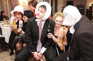 kak-pridumat-svadebnyie-konkursyi-samim