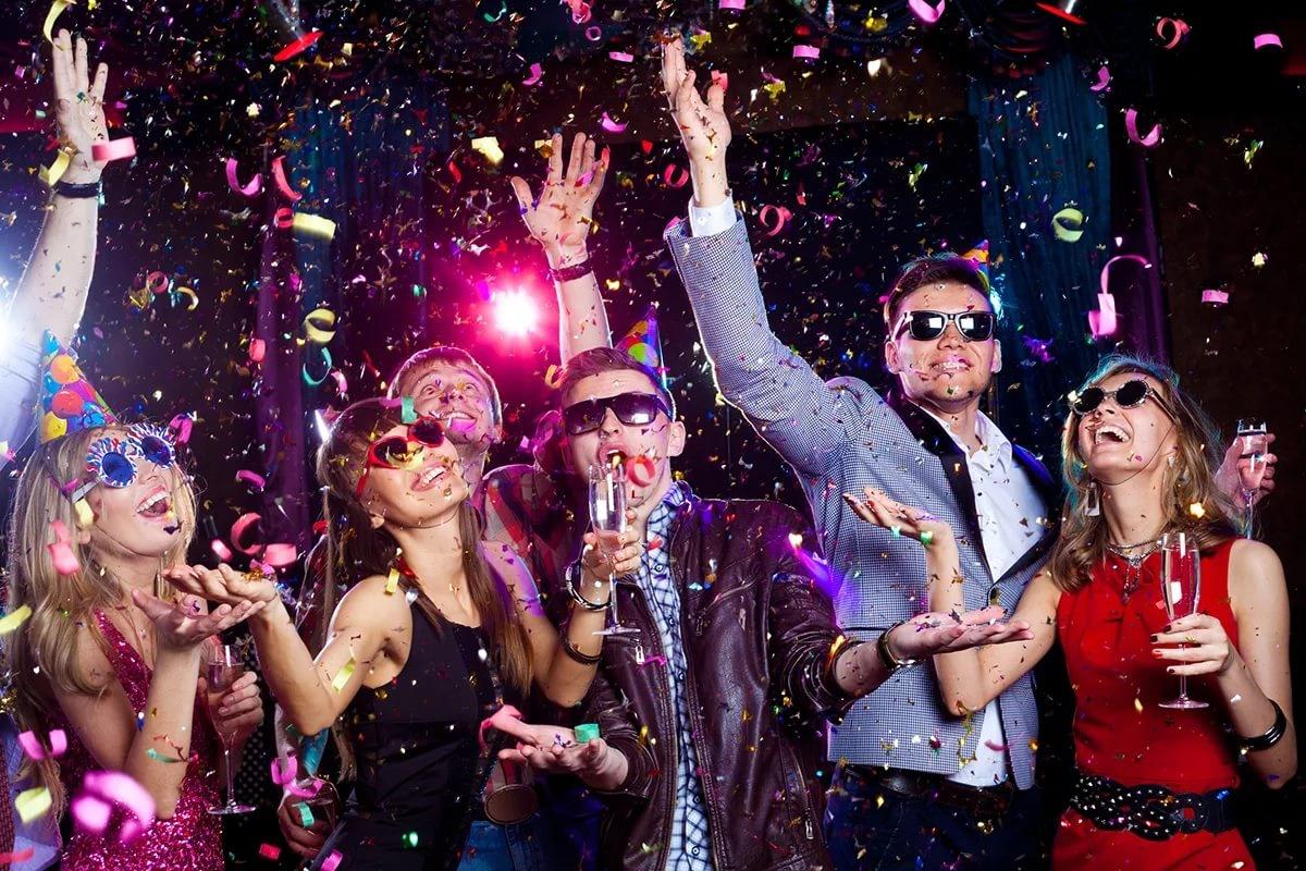 Сценарии на Новый год