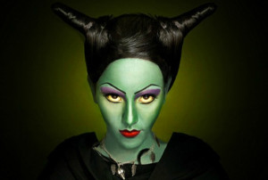 Костюм ведьмы на Хэллоуин своими руками - макияж ведьмы 2