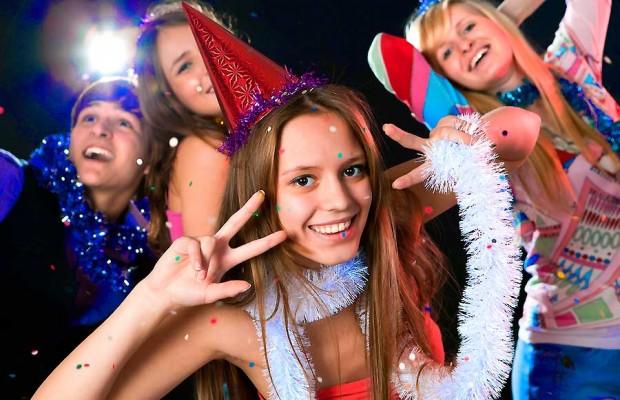 Конкурсы на Новый год для веселой компании
