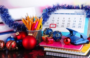 Как украсить офис к Новому году своими руками