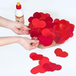 Валентинка с маленькими сердечками