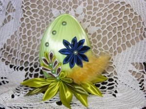 Пасхальное яйцо в технике канзаши