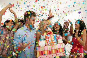 Веселые конкурсы на День Рождения дома