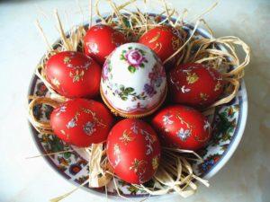 Когда красить яйца на Пасху