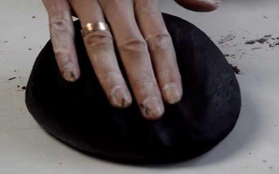 Вымешиваем тесто