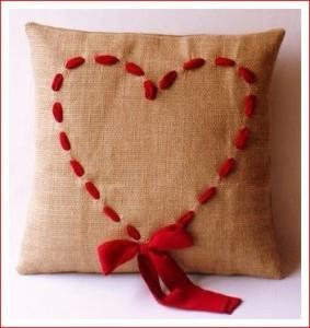 сердце-на-подушке