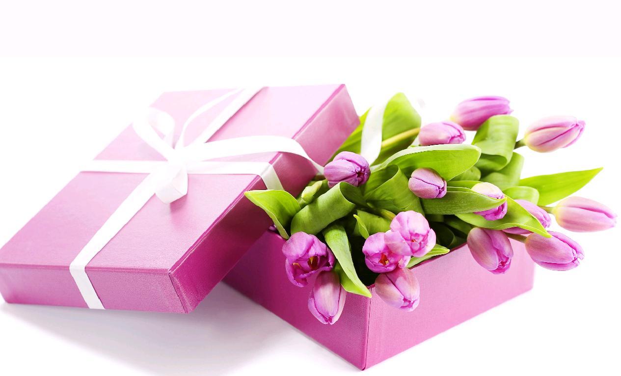 Поздравление для подарка с 8 марта