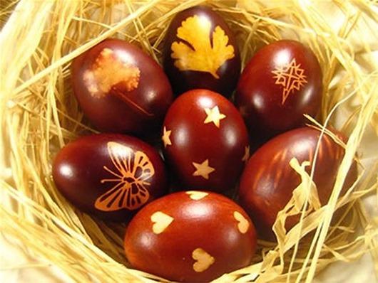 Крашеное яйцо на пасху
