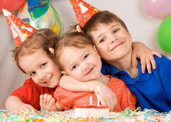 С днем рождения поздравления официальные в стихах