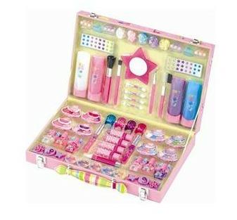 Подарки на день рождения для девочек на 8 лет