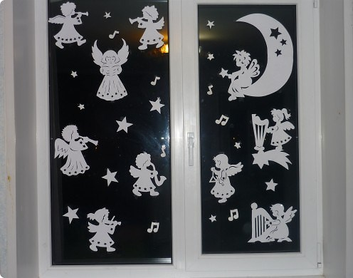 Pictures on request window decoration vytnankami