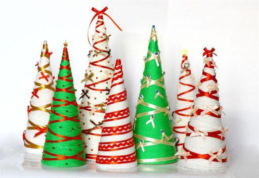 Новогодние игрушки своими руками из подручных средств