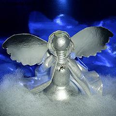 Рождественский ангел из лампочки