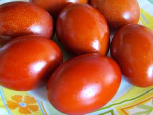 Как покрасить яйца на Пасху луковой шелухой