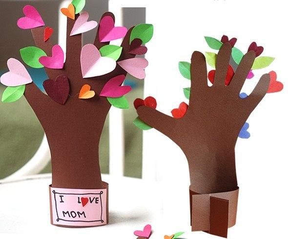 Подарок маме своими руками на день рождения плакат