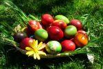 Миниатюра к статье Как покрасить яйца на Пасху своими руками